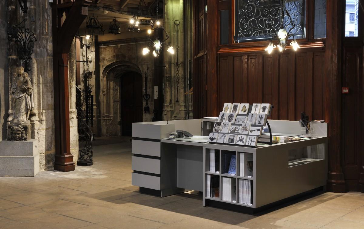 boutique mus e le secq des tournelles. Black Bedroom Furniture Sets. Home Design Ideas